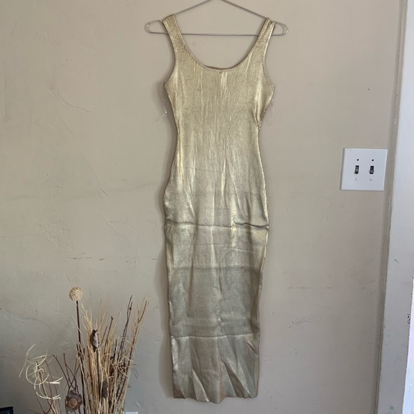 Forever 21 Dresses & Skirts - Forever 21 gold metallic dress NWT  size Large